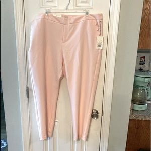 Beautiful blush pink ankle pant